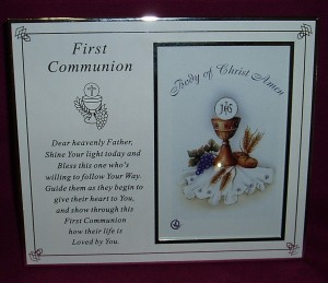 "First Communion photo frame, to display a 6"" x 4"" photo."