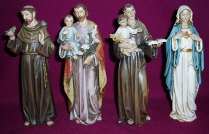 Resin statues of saints. Quality statues in presentation boxes. Gifts for all occasions. St Francis, St Joseph, St Anthony, Immaculate Heart of Mary.
