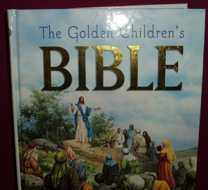 The Golden Children's Bible. A timeless classic of 510 pages of the best loved Bible stories.