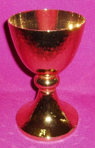 CW2873: Beaten Gold Chalice