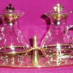 CW523: Glass Cruet Set