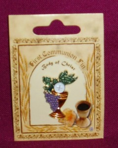First Communion Lapel pin on a card. Chalice with grapes and wheat.