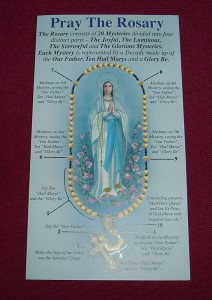Pray the Rosary leaflet; an instruction leaflet on how to pray the Rosary.