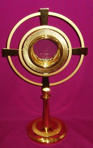 Gold Monstrance with a height of 410mm and a width of 250mm.