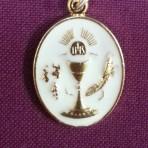 MEC28: Communion Medal