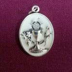 MEC28S: Communion Medal