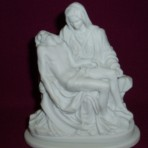 Pieta: 11cm